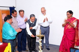 IGS-President-Prof-Babu-lighting-traditional-lamp